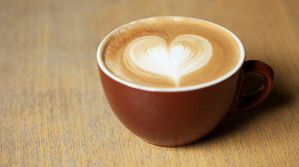 coffee-with-heart-foam