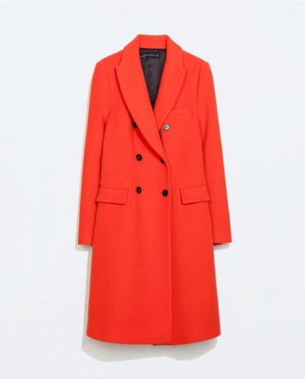 Κόκκινο παλτό με πέτο & διπλά κουμπιά Zara (119€)