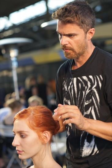 Organic sinion-Το hair look που δημιούργησε ο Σταμάτης Καραΐσκος για το fashion show των Mi-Ro