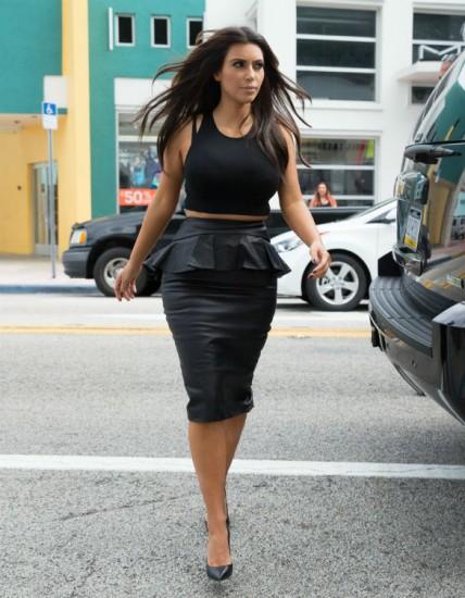 kim-k-leather-skirt