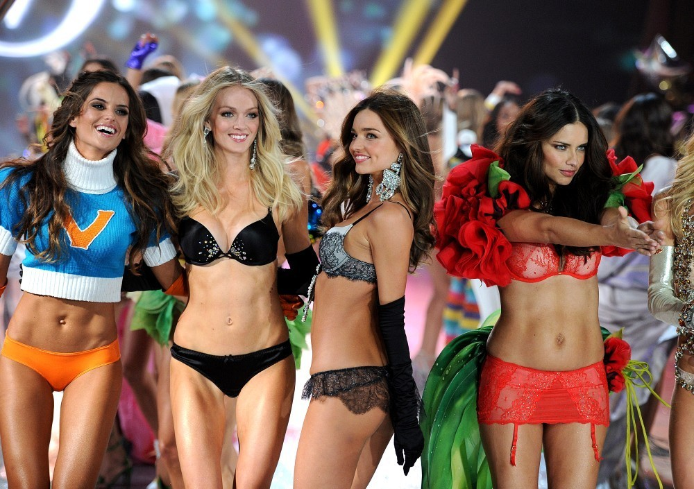 2012+Victoria+Secret+Fashion+Show+7O8CfeeTqP2x