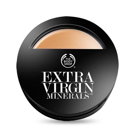 The Body Shop Extra Virgin Minerals compact foundation: Makeup σε μορφή πούδρας με αγνά ορυκτά μέταλλα και έξτρα παρθένο ελαιόλαδο για άψογη κάλυψη με ματ φινίρισμα