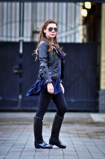 navy-blue-and-black-streetstyle-3
