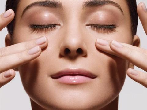 woman-face-massage