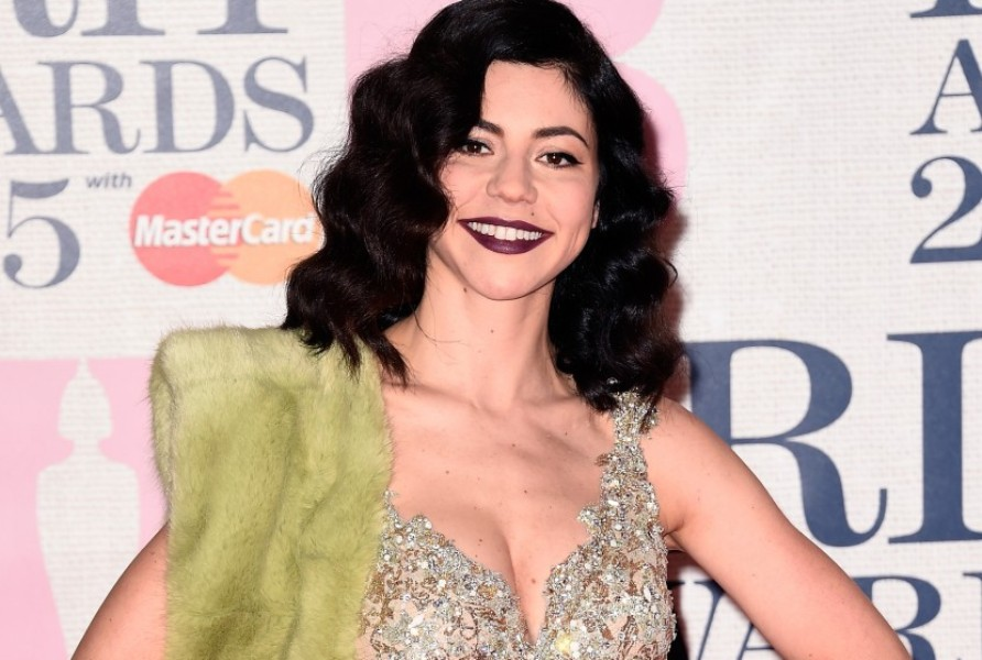 BRIT-Awards-2015-Marina-And-The-Diamonds-2