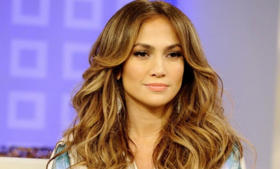Jennifer-Lopez3-waves