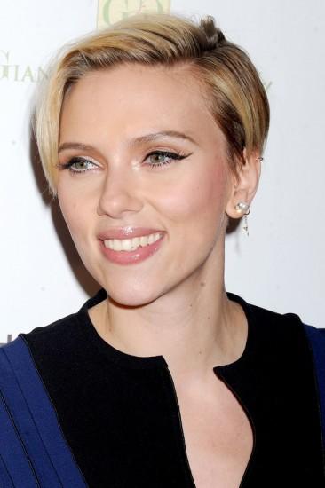 Scarlett-Johansson-cut-3