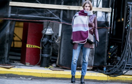 Try-Blanket-Scarf-winter-layering