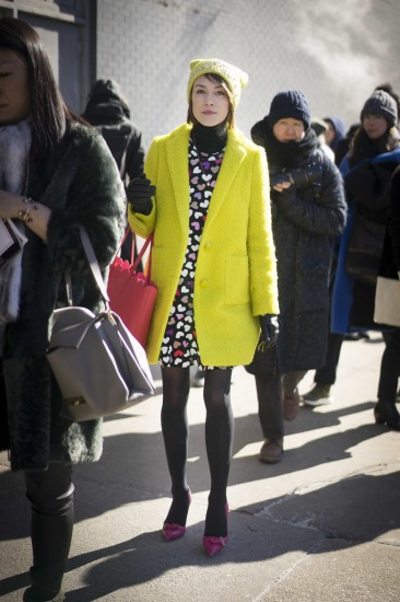 Wear-Turtleneck-Under-Dress-winter-layering