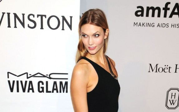 karlie-kloss-2015-amfar-new-york-gala_12