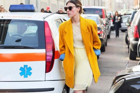 yellow-jacket-fashion-week-street-style-3