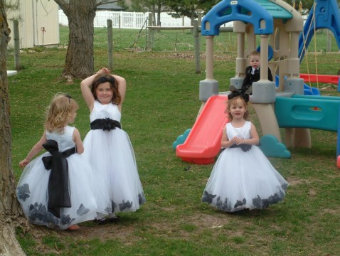 How-to-keep-Kids-busy-at-wedding