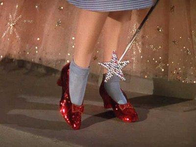 Τα ρουμπινένια γοβάκια της Dorothy στην ταινία «Ο Μάγος του Οζ» - 1939