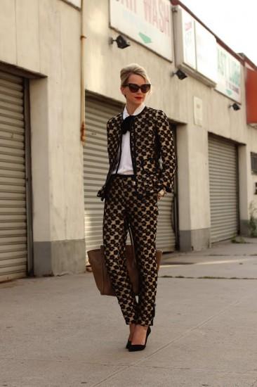 Ο ανοιξιάτικοι τρόποι για να φορέσεις το κοστούμι σου  ac327147a35
