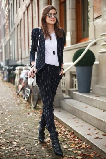 spring-suit-2d