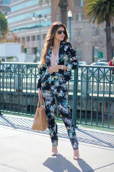 Τολμήστε το λουλουδένιο ντεσέν στο ανδρόγυνο κοστούμι ... 602231cb991