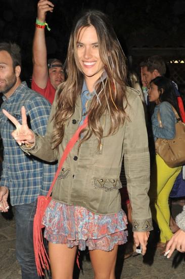 Alessandra+Ambrosio+Alessandra+Ambrosio+Coachella+k8AYi6pk0_Ul