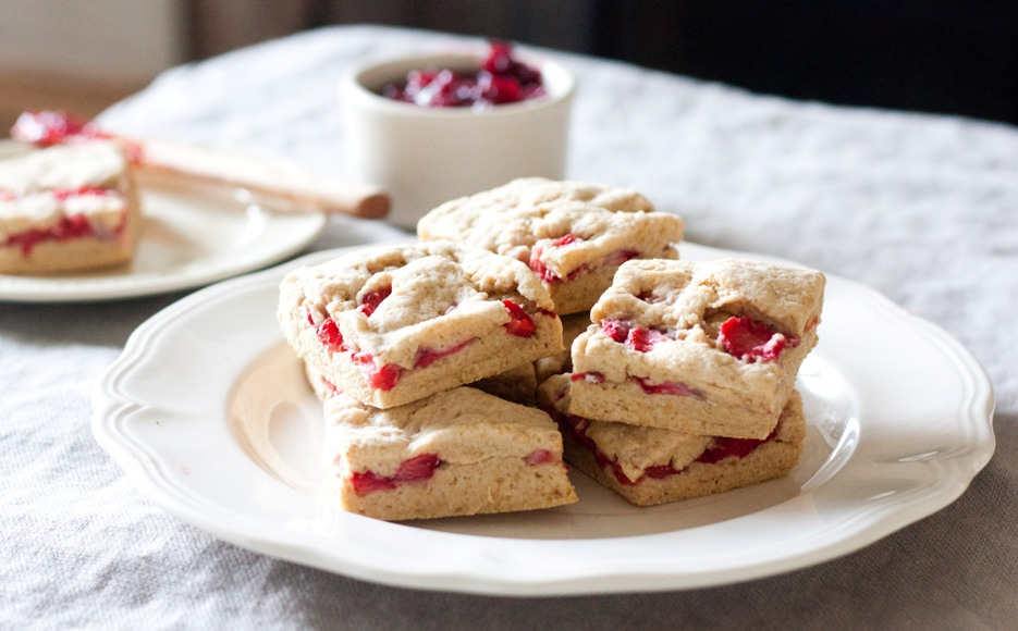 Strawberry-Biscuits