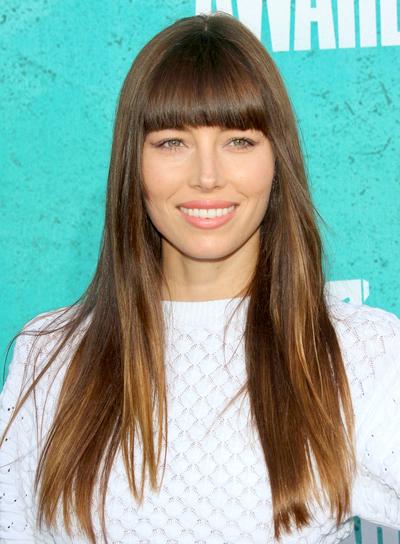 jessica-biel-long-straight-brunette-hairstyle