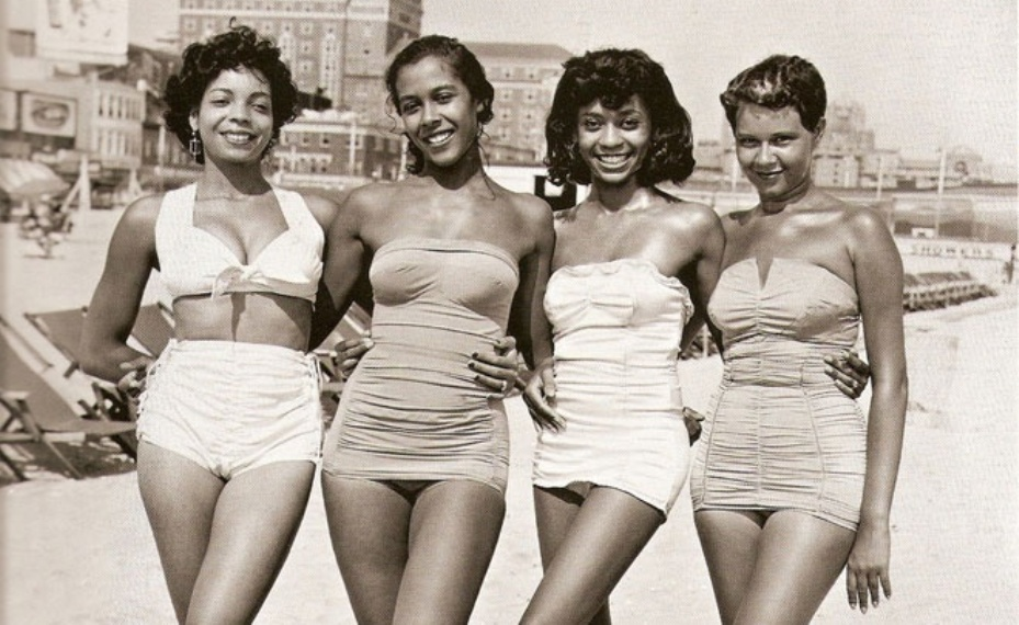 Vintage-Swimsuits