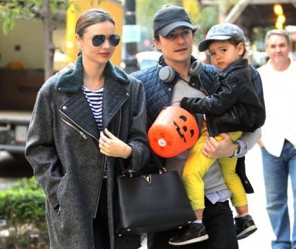 Οι γονείς Orlando Bloom & Miranda Kerr σε βόλτα με τον γιο τους, Flynn