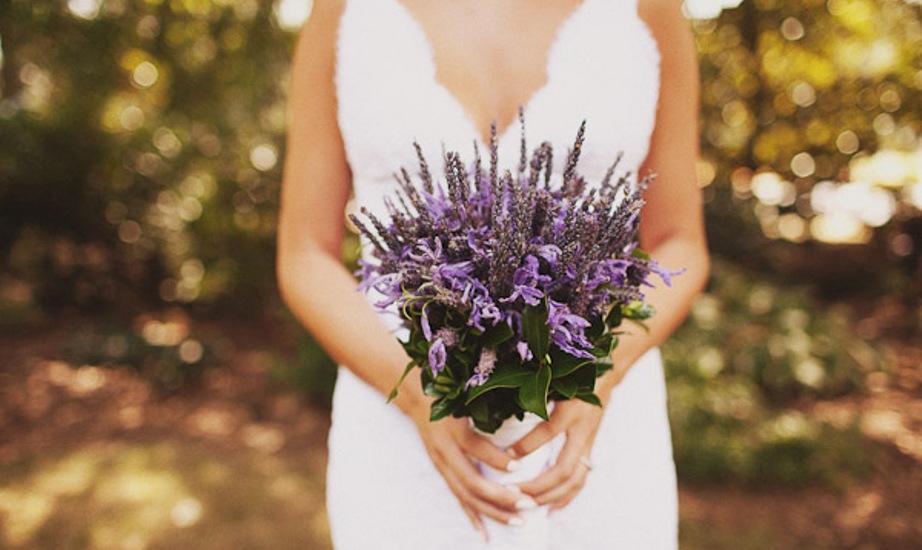 047-lavender-bridal-bouquet