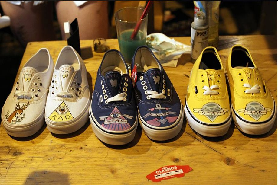 CUSTOMIZED VANS by Olivia Skalkos_2014