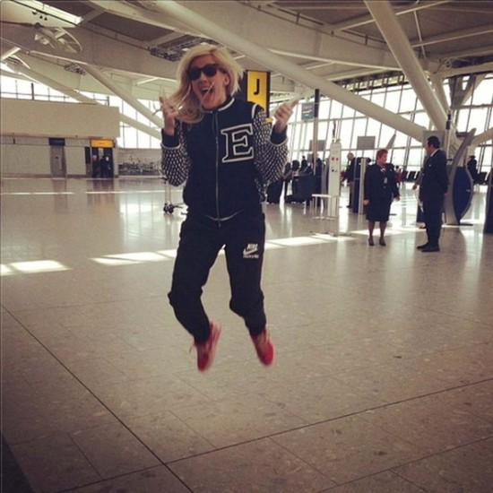 Ellie+Goulding+travel