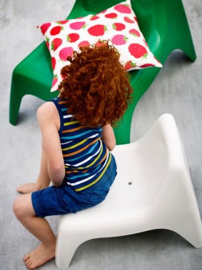 Χρωματιστές καρέκλες ΙΚΕΑ