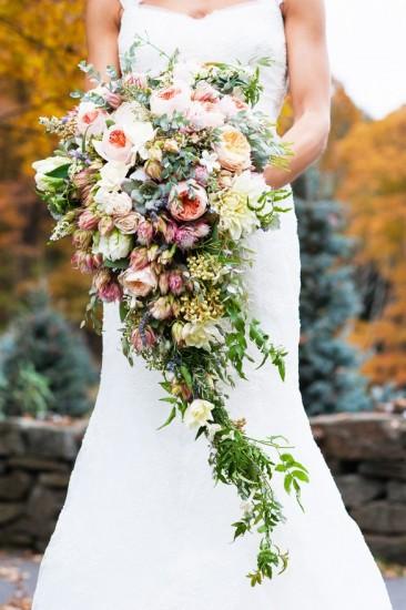 bridal-flower-cascade