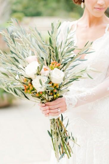 bridal-flower-olive
