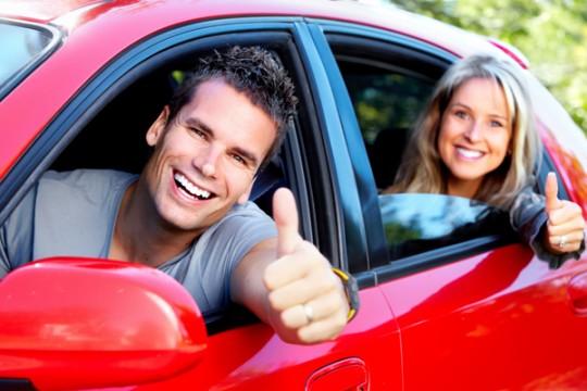 couple-car-happy