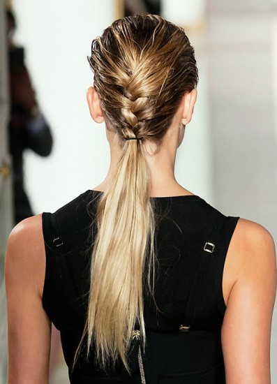 dry-ponytail-summer-hair