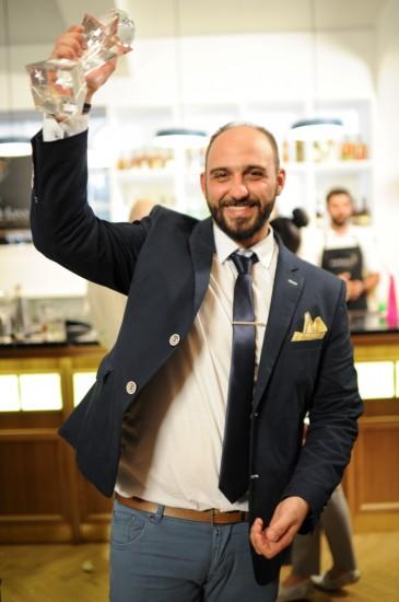 Ο Έλληνας World Class Bartender για το 2015, Μανώλης Λυκιαρδόπουλος