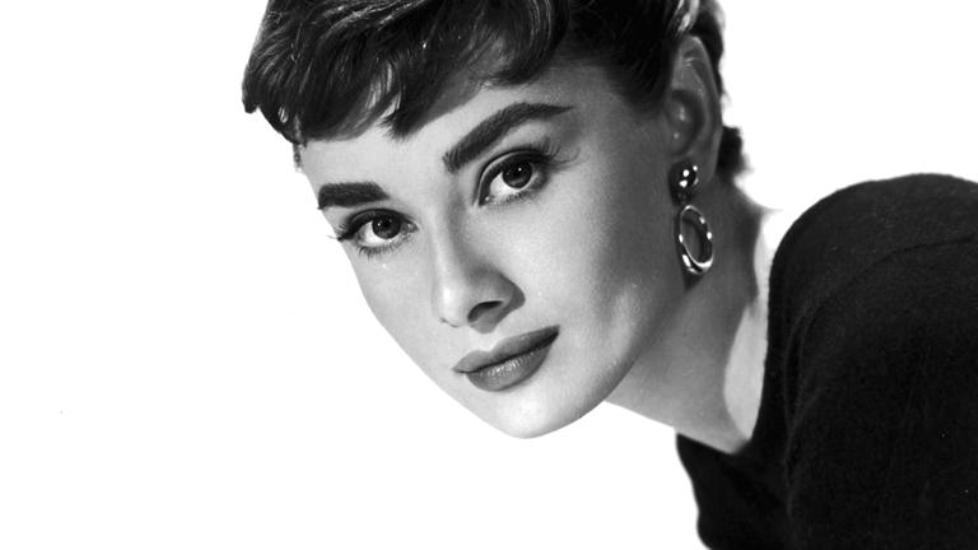 ... πορτρέτα της Audrey Hepburn