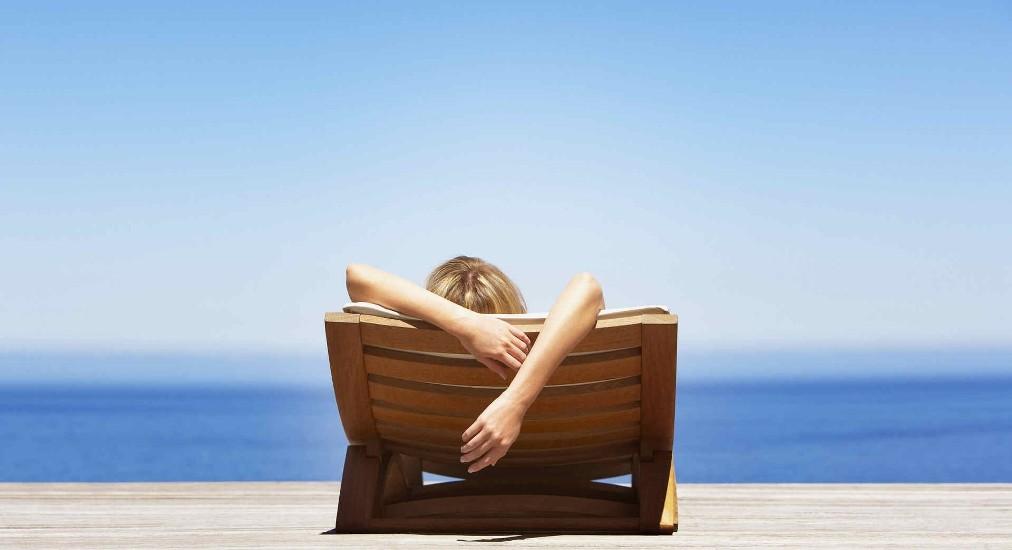 Πως να χαλαρώσεις αμέσως στις διακοπές