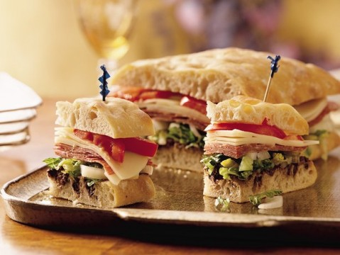 Σάντουιτς με ψωμί Τσιαπάτα