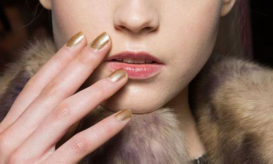 golden-nails-aw2015