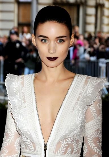 gothic makeup look