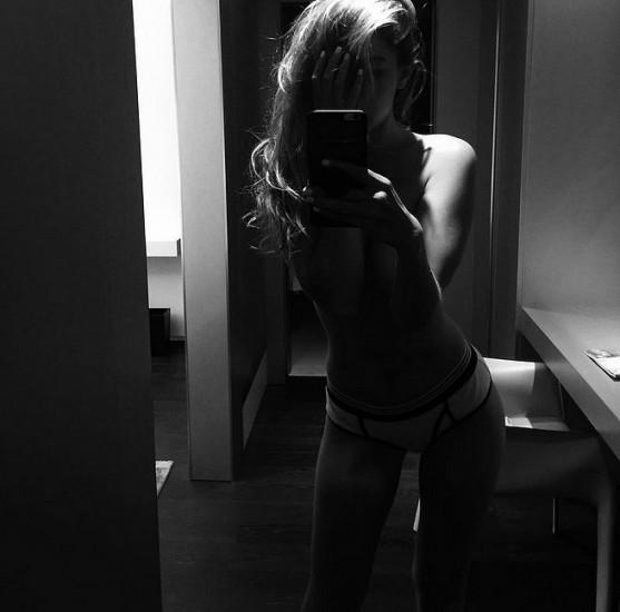 γυμνοί celebrities instagram