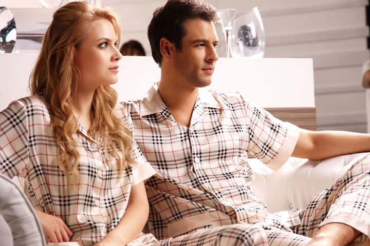 Love_Couple_silk_pajamas_YHA051