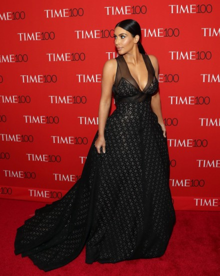 οι καλύτερες εμφανίσεις της Kim Kardashian