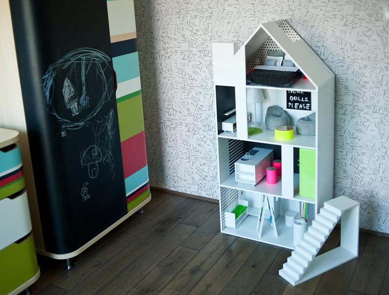 modern-dollhouse_081215_02