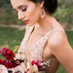 erica-velasco-photographers-whimsical-metallic-wedding-inspiration-01