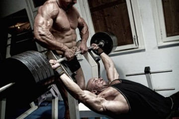 bench-press-spotting_2