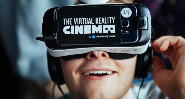 Virtual Reality Cinema 1b