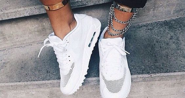 0ed9acb6d61 Πώς να καθαρίσεις τα λευκά sneakers με 5 γρήγορους τρόπους! | Thats ...