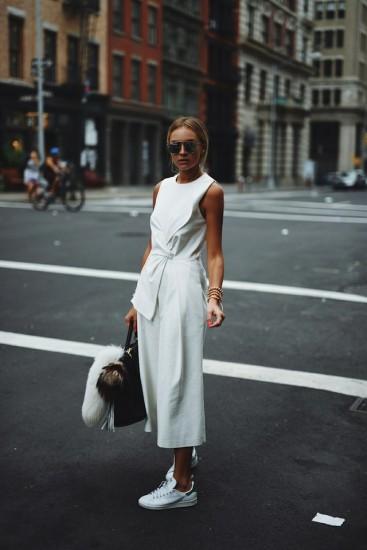 tips ολόσωμη φόρμα