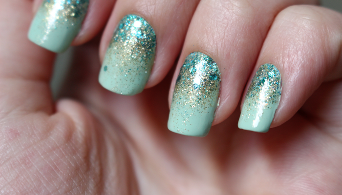 G8 mermaid nails 5