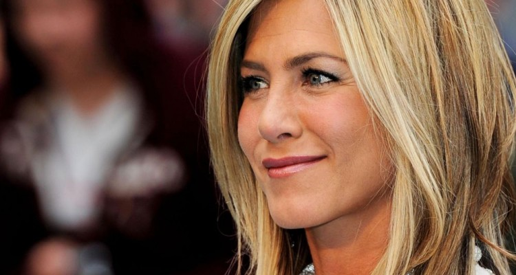 "LONDON, ENGLAND - JULY 20:  Actress Jennifer Aniston  attends the UK film premiere of ""Horrible Bosses"" at BFI Southbank on July 20, 2011 in London, England.  (Photo by Gareth Cattermole/Getty Images)"